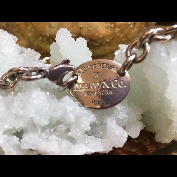 Tiffany & Co. Jewelry - Like New🦋Tiffany Necklace
